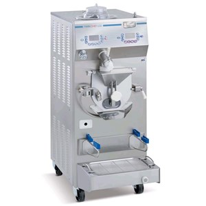 COMBINATION BATCH FREEZER AND CREAM COOKER UNIT - FOR ICE CREAM - MOD. COMACU TC45L - CAPACITY Kg 2,5/8 - WATER-COOLED CONDENSER - PRODUCTION PER HOUR Kg 45 - THREE PHASE V400/50Hz - POWER Kw 11 - DIMENSIONS Cm 60x77x138 - EC STANDARDS