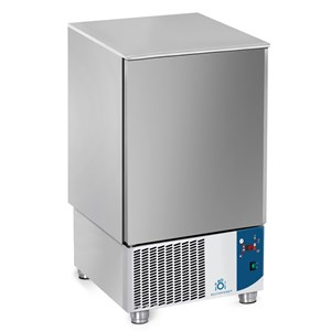 BLAST CHILLER - MOD.AB10 - Air-cooled - Tray capacity: N.10 x GN 1/1 (cm 53x32,5) or N. 10 cm 60x40 - Blast chilling: +70° +3° (Kg.25) - Shock freezing: +70° -18° ( Kg 15 ) - External dimensions cm L 75 x D 74 x h 130/132 - CE approved